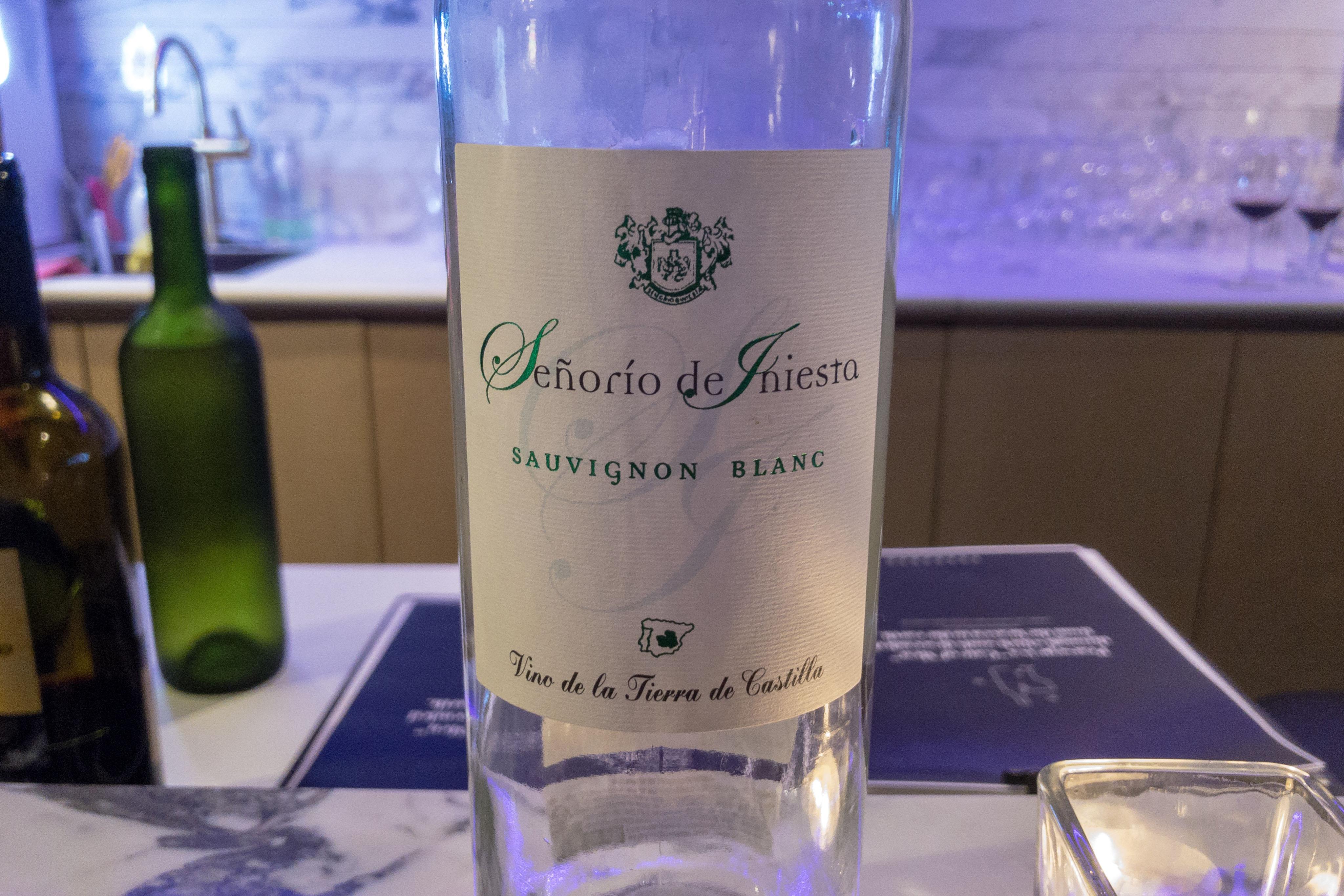Senorio de Iniesta Sauvignon Blanc